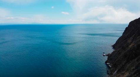 Hier irgendwo ist die tiefste Stelle des See's