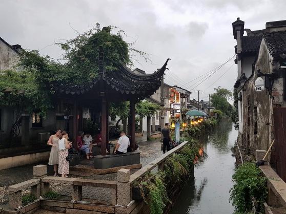 Kanäle durchfließen die Stadt Suzhou