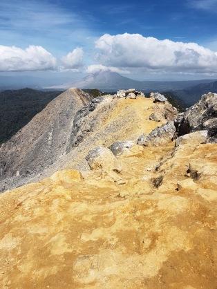 Sicht auf den Mount Sinabung
