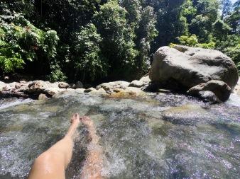 Unser Fluss direkt am Camp