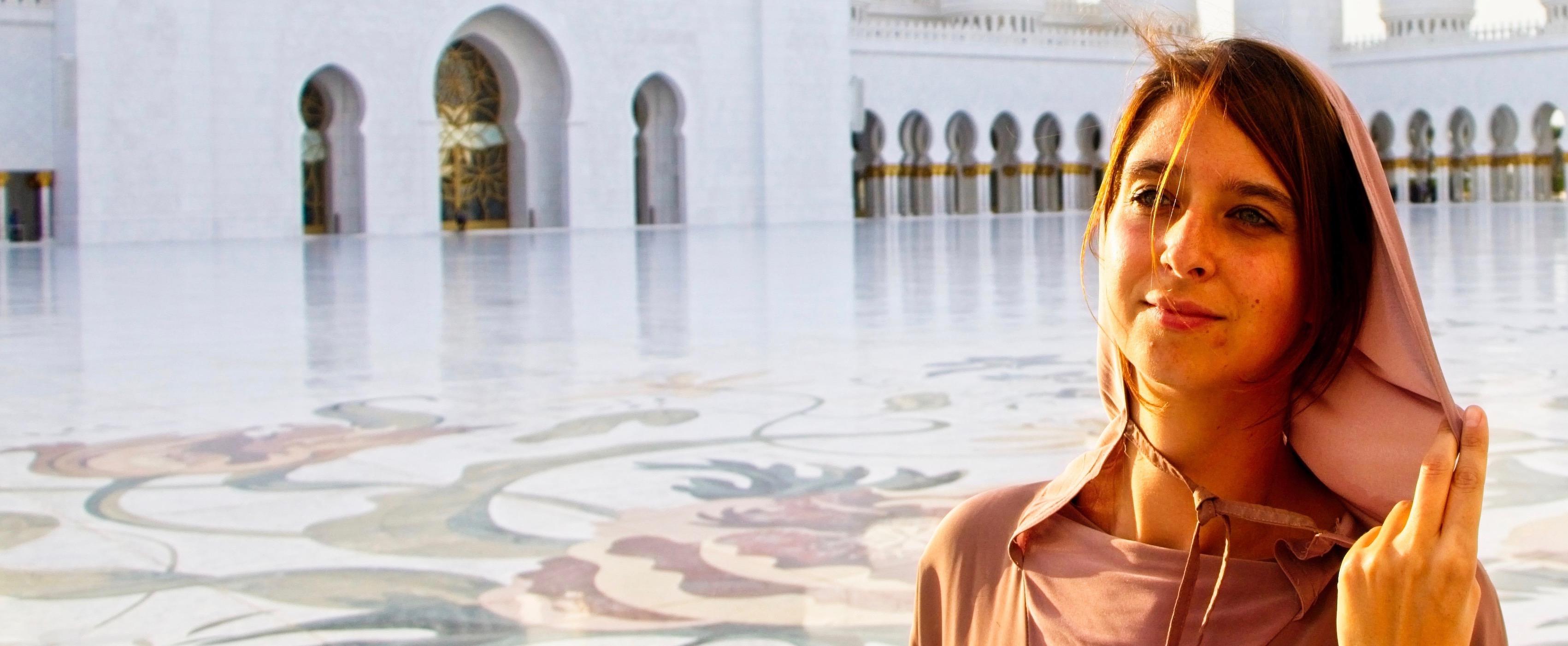 Sheikh Zayed Moschee in Abu Dhabi, Reiseblog Weltbeats